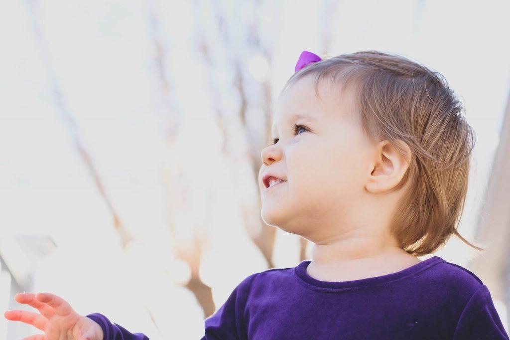 toddler-1969825_1280